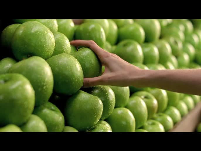 DKNY: Be Delicious / Dir. Mikael Jansson -